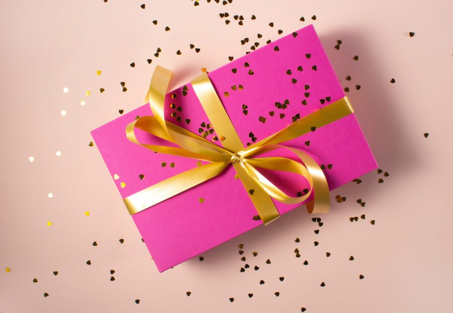 3 Errors People Make When Giving Gifts