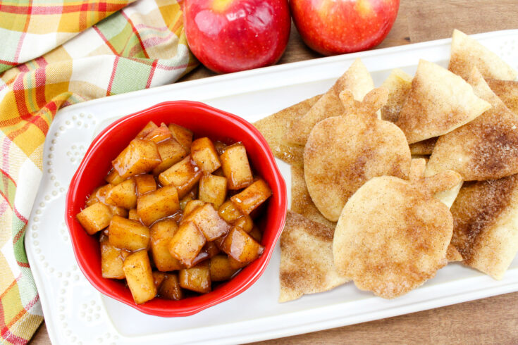Apple Pie Dip With Cinnamon Sugar Chips