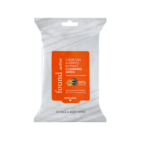 ACTIVE CHARCOAL & ARNICA CLEANSING WIPES