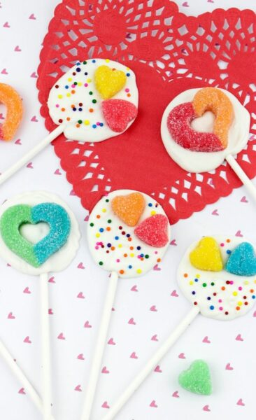 Valentine's Day Chocolate Lollypops